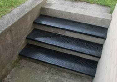 Rubber Stair Treads | Non-Slip Outdoor Use large image 7