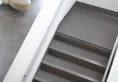 Johnsonite Rubber Stair Treads | Smooth Surface large image 2