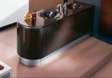 Smooth Metal Wall Base Molding